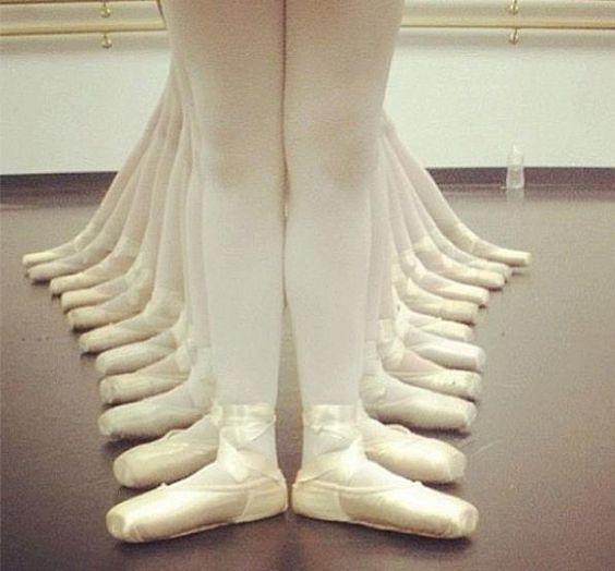 c9c5b303f4 PÉS DE BAILARINA  7 DICAS INCRÍVEIS PARA MANTER SEUS PÉS BEM CUIDADOS -  Mundo Dança Blog